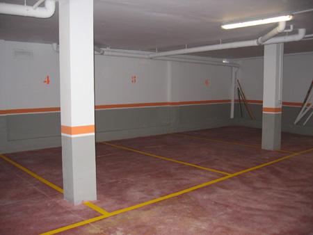 Aparcamiento de dos o mas vehiculos en una plaza de garaje for Plaza de garaje madrid