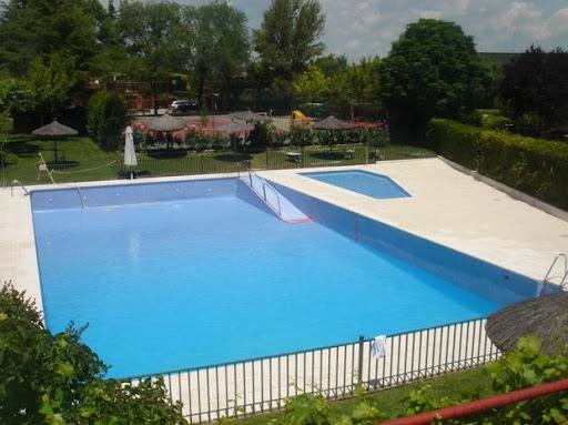 Piscinas comunitarias eliminaci n de barreras for Vaso piscina